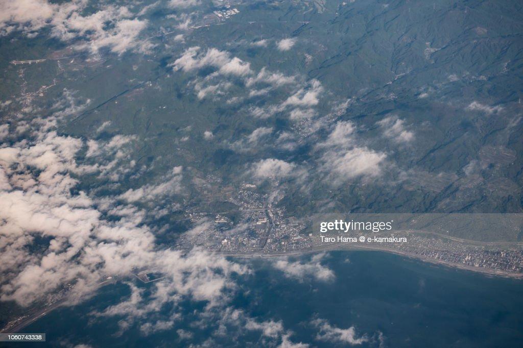 Suruga Bay and Shizuoka city (Yui and Kanbara area) in Shizuoka prefecture in Japan daytime aerial view from airplane : ストックフォト