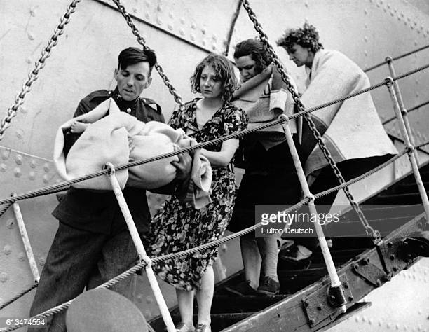 Survivors from the Athenia, rescued by the Norwegian tanker Knute Nelson, land at Galway, Ireland.   Location: Galway, Republic of Ireland.