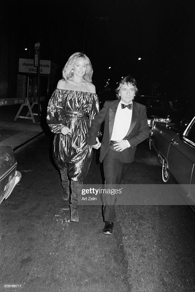 Susan Anton and Dudley Moore : News Photo