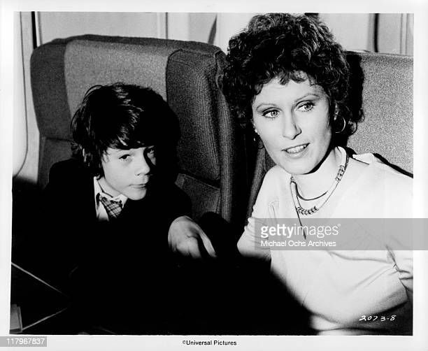 Susan Clarke sitting with Brian Morrison in a scene from the film 'Airport' 1970