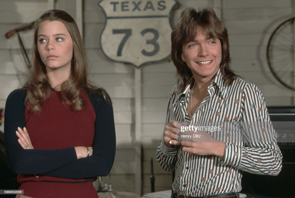 Susan Dey and David Cassidy as Laurie and Keith Partridge, filming an episode for the television program The Partridge Family.