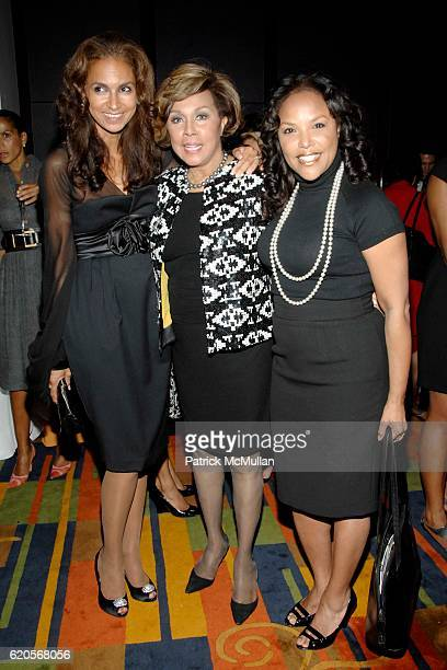 Susan FalesHill Diahann Carroll and Lynn Whitfield attend DIAHANN CARROLL Book Party hosted by SUSAN FALESHILL at Le Cirque on September 30 2008 in...