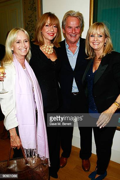Susan George Sharon Maughan Trevor Eve and Twiggy at the Twiggy A Life In Photographs Party at the National Portrait Gallery on September 17 2009 in...
