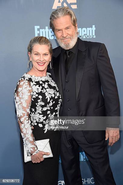 Susan Geston and actor Jeff Bridges attend The 22nd Annual Critics' Choice Awards at Barker Hangar on December 11 2016 in Santa Monica California