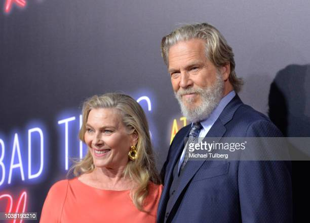 Susan Geston and Jeff Bridges attend the premiere of 20th Century FOX's Bad Times At The El Royale at TCL Chinese Theatre on September 22 2018 in...