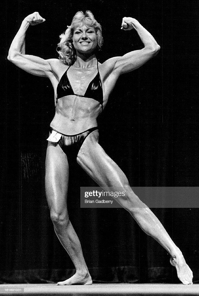 Bodybuilder muscle solo 89