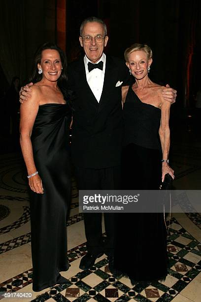 Susan Mark Stephen Lash and Linda Lindenbaum attend The American Friends of the Israel Museum 40th Anniversary Gala at Cipriani 42nd St on November 6...