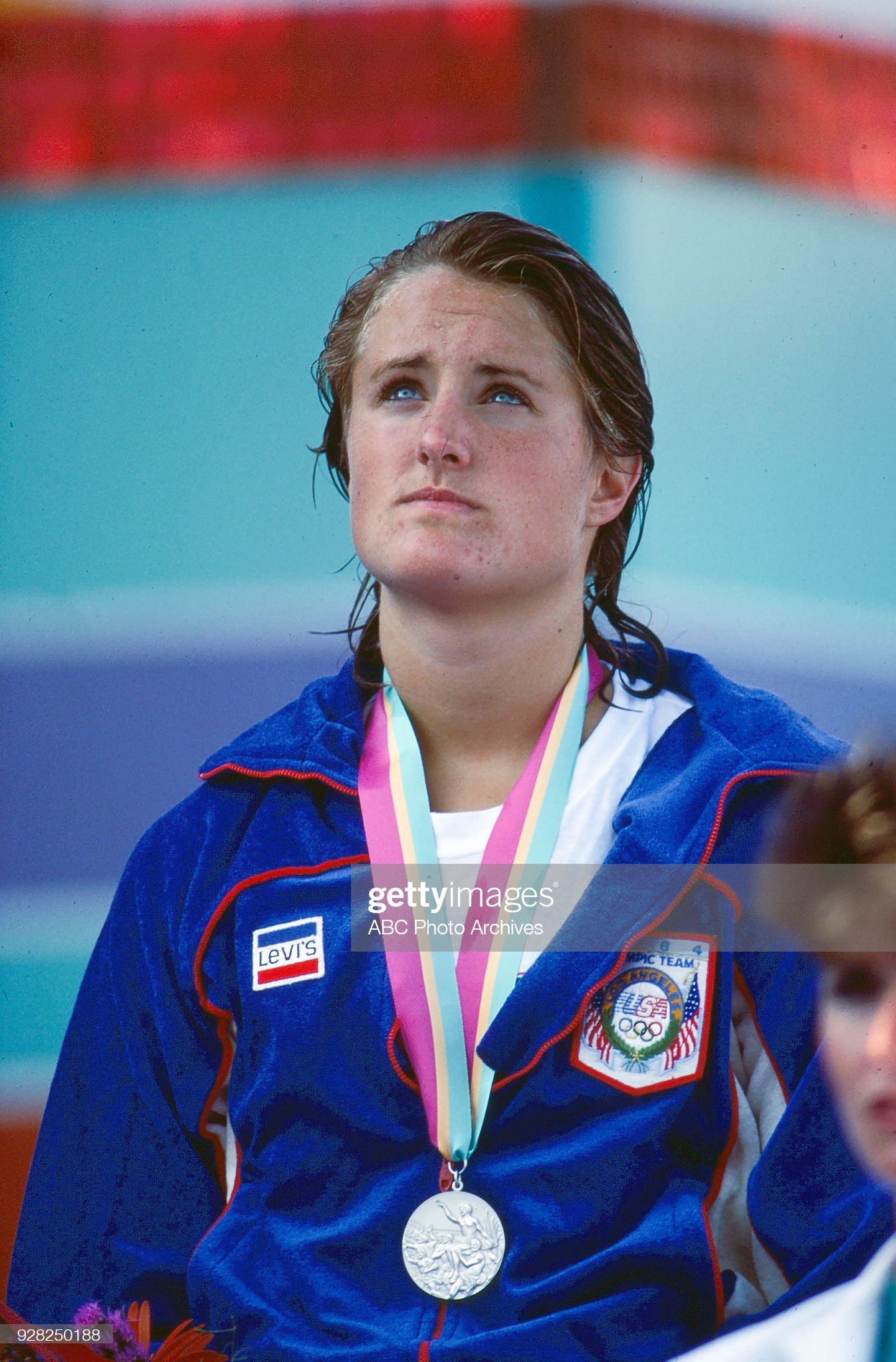 Women's Swimming 200 Metre Breaststroke Medal Ceremony At The 1984 Summer Olympics : Fotografía de noticias
