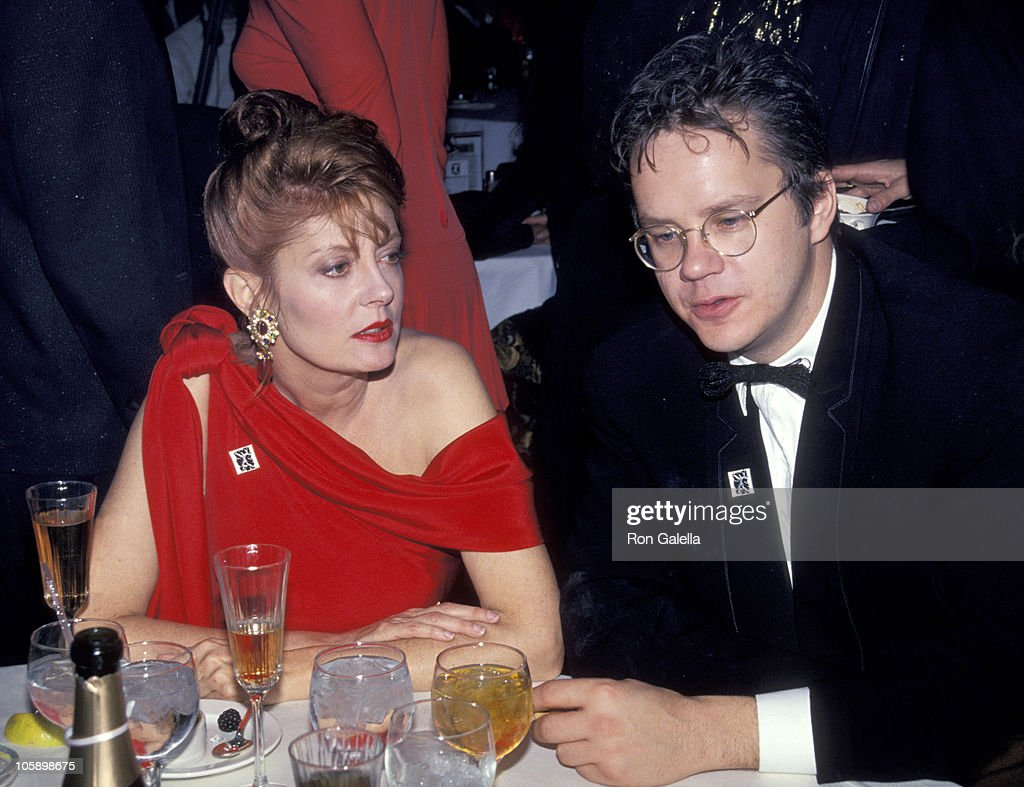Susan Sarandon and Tim Robbins during The 63rd Annual Academy Awards - After Party at Maple Drive Restaurant in 19910225, California, United States.