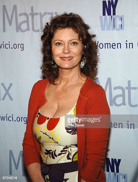 Susan Sarandon arrives to the Women In Communication Inc 2006 Matrix Awards at the Waldorf Astoria Hotel on April 3 2006 in New York City