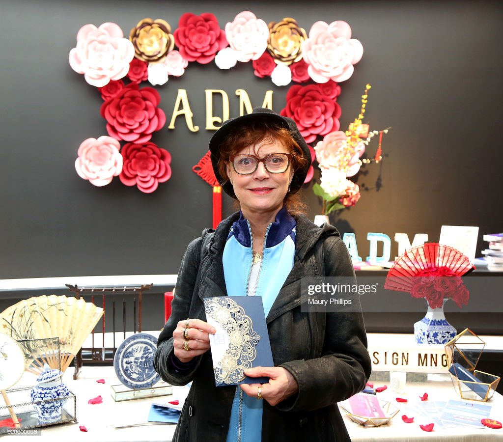 Susan Sarandon attends GBK Pre-Oscar Luxury Lounge on March 2, 2018 in Beverly Hills, California.