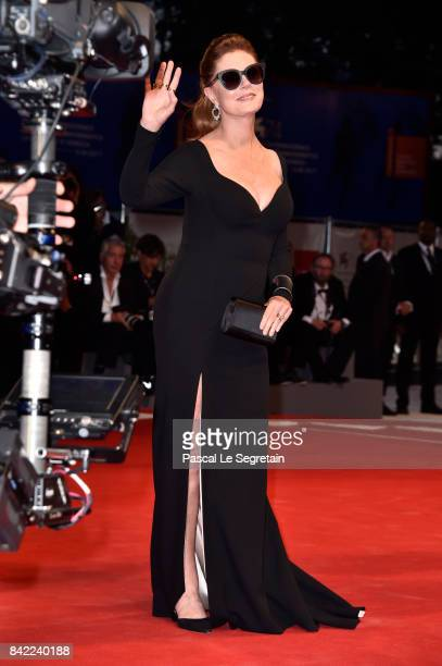 Susan Sarandon from Kineo delegation walks the red carpet ahead of the 'The Leisure Seeker ' screening during the 74th Venice Film Festival at Sala...