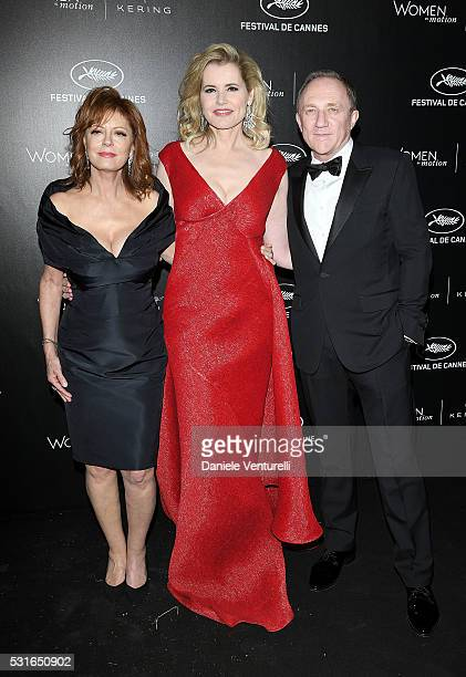 Susan Sarandon Geena Davis and FrancoisHenri Pinault attend the Kering And Cannes Film Festival Official Dinner at Place de la Castre on May 15 2016...