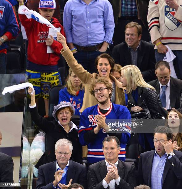 Susan Sarandon, Jack Henry Robbins and Margot Robbie attend the Pittsburgh Penguins verse New York Rangers playoff game at Madison Square Garden on...