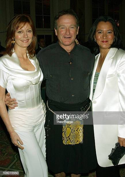 Susan Sarandon Robin Williams and wife Marsha during Katie Couric and the Entertainment Industry Foundation Unite Hollywood Broadway Stars to Launch...