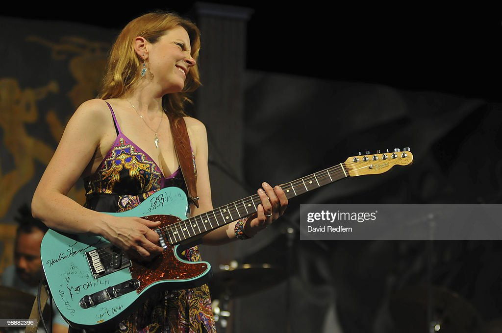 Susan Tedeschi performs on day five of New Orleans Jazz & Heritage Festival on April 30, 2010 in New Orleans, Louisiana.