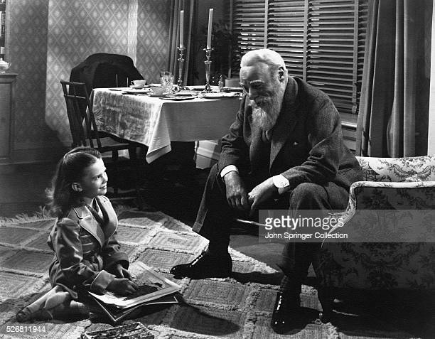 Susan Walker and Kris Kringle share a smile in Miracle on 34th Street