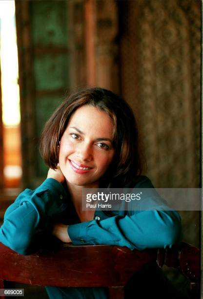 Susanna Hoffs of the rock band The Bangles at the House Of Blues to announce their reunion July 18 2000 in Los Angeles Ca The band is returning from...