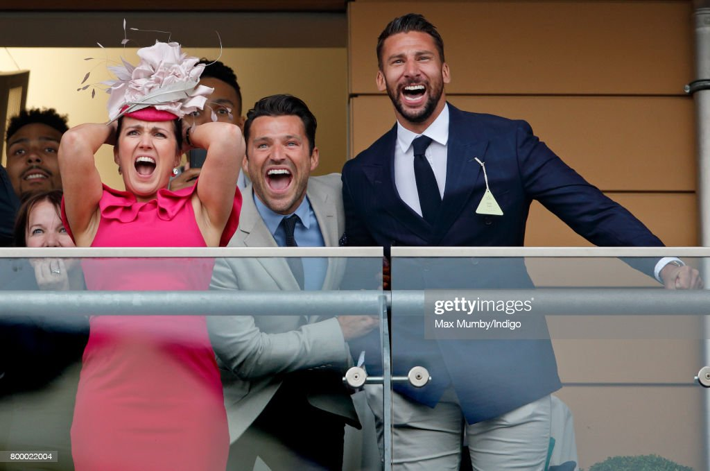 Susanna Reid and Mark Wright (c) watch the Gold Cup as they attend day 3, Ladies Day, of Royal Ascot at Ascot Racecourse on June 22, 2017 in Ascot, England.