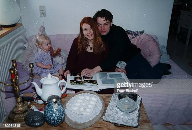 Susanna Wellenbrink Ehemann DanielRamsbott Tochter Mia Sophie RebeccaRobin Besuch bei Mutter MonikaWellenbrink Homestory Bayrischer WaldEhebett...