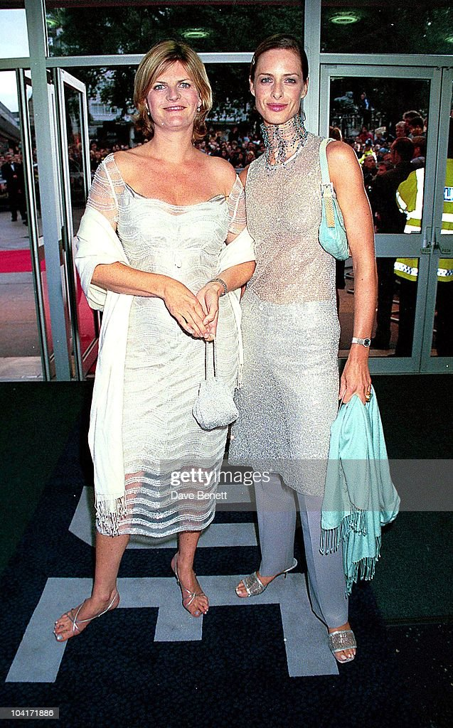 Odeon Liecester Sq, London, Susannah Constantine & Trinni Woodhall, 'Mickey Blue Eyes' Premiere