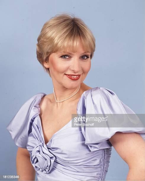 23 August 1947 Sternzeichen Löwe Schauspielerin Synchronsprecherin Promis Prominente Prominenter Porträt Portrait