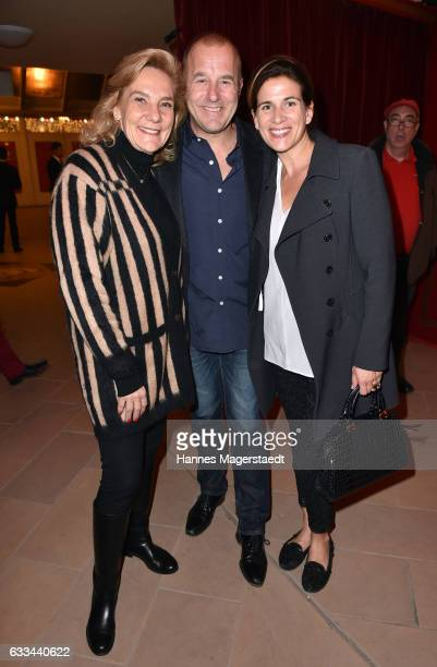 Susanne Porsche Heino Ferch and his wife Marie Jeanette Ferch during the 'AllezHopp' premiere at Circus Krone on February 1 2017 in Munich Germany