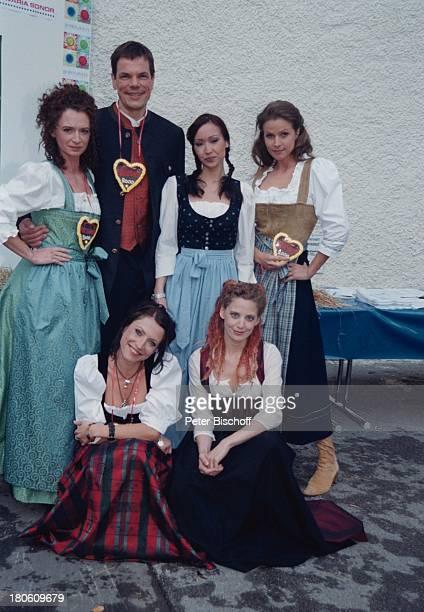"Susanne Steidle, Wolfgang Seidenberg, Celia Kim, Leonore Capell , Berrit Arnold, Carolin Graller , Feier zur 2000. Folge der ARD-Serie ""Marienhof"",..."