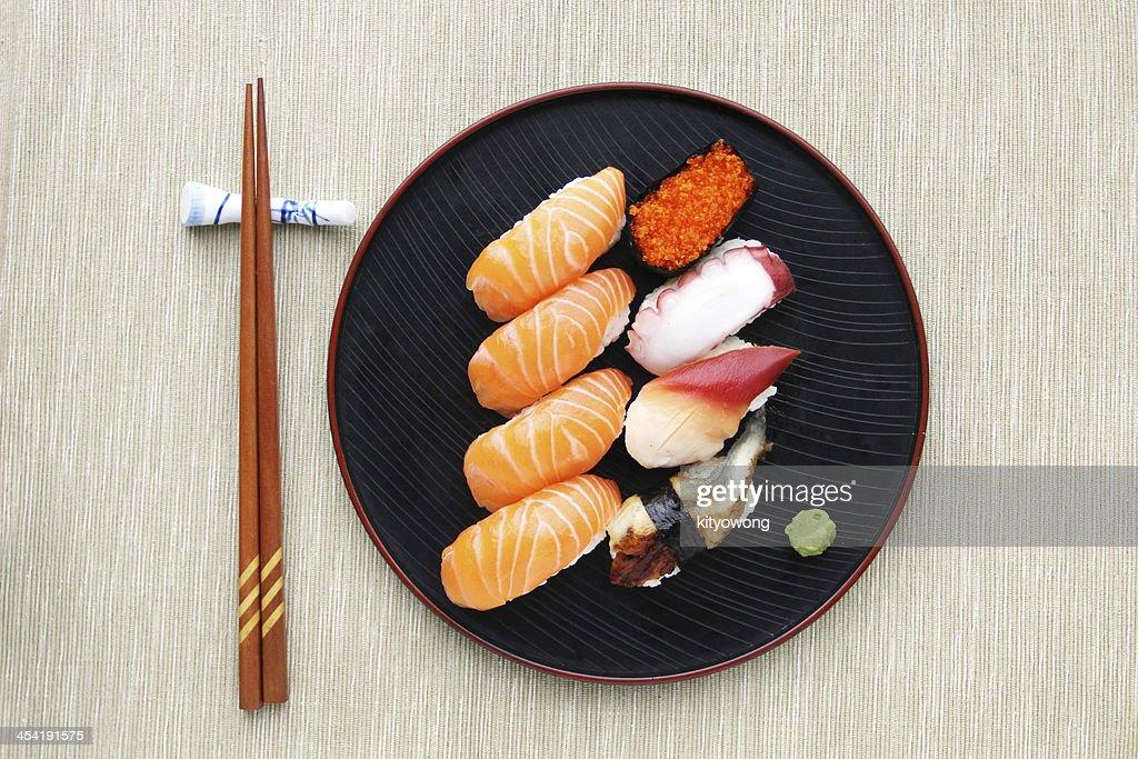 Plato de Sushi, vista superior : Foto de stock