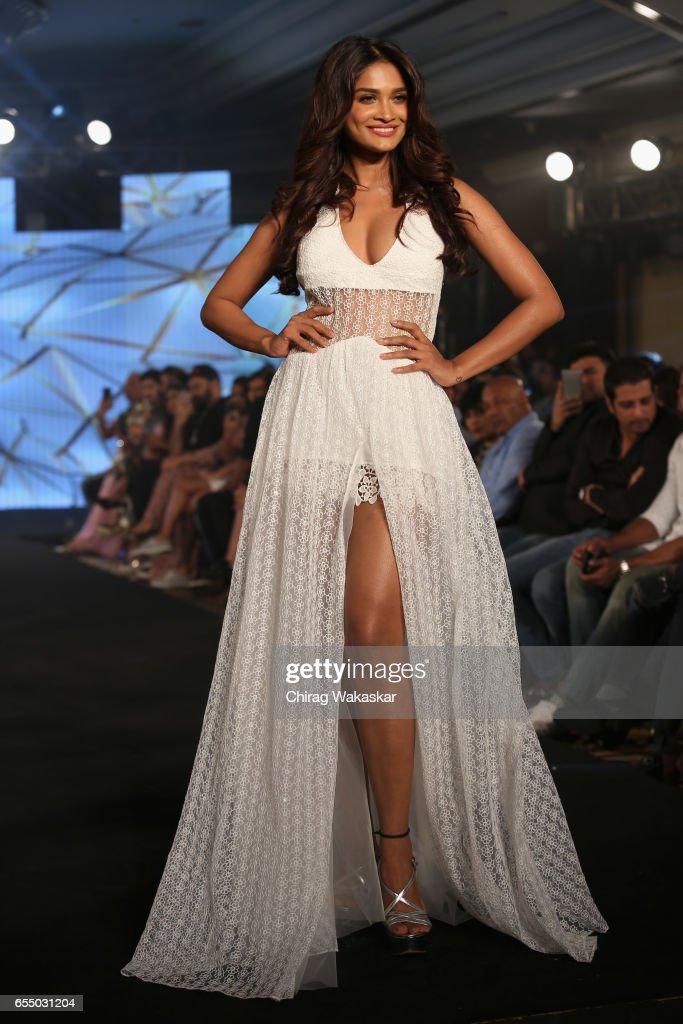 Sushrii Shreya Mishraa walks the runway at the Nidhi Munim show during India Intimate Fashion Week 2017 at Hotel Leela on March 18, 2017 in Mumbai, India.