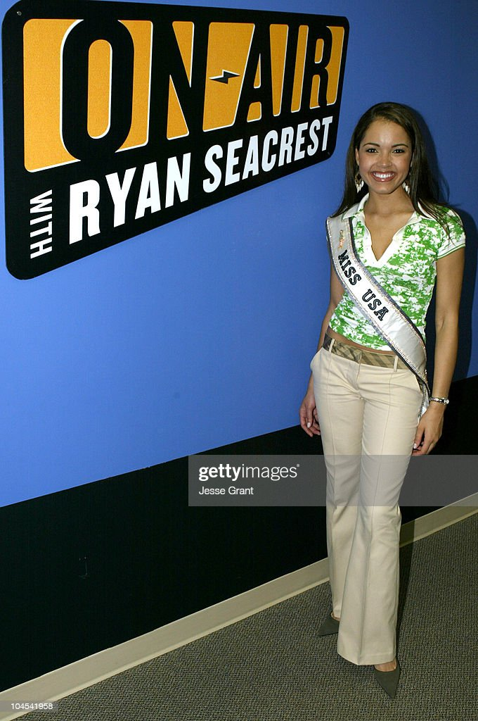 "Miss USA 2004 Delegates Visit set of ""On Air With Ryan Seacrest"""