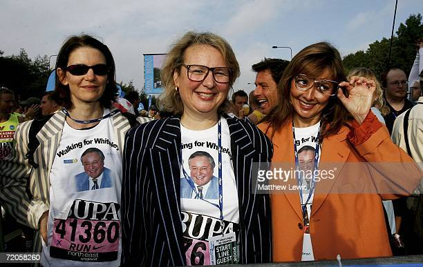 Susie Dent Richard Whiteley's long term partner Kathryn Apanowicz and Carol Vorderman pose ahead of The Bupa Great North Run on October 1 2006 in...