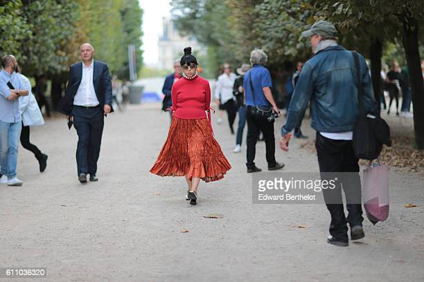 Susie Lau is seen outside the Yang Li show during Paris Fashion Week Spring Summer 2017 on September 28 2016 in Paris France