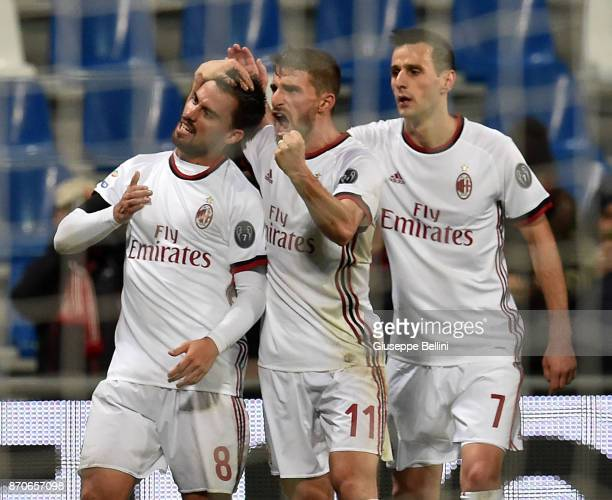 Suso of AC Milan celebrates after scoring goal 02 during the Serie A match between US Sassuolo and AC Milan at Mapei Stadium Citta' del Tricolore on...