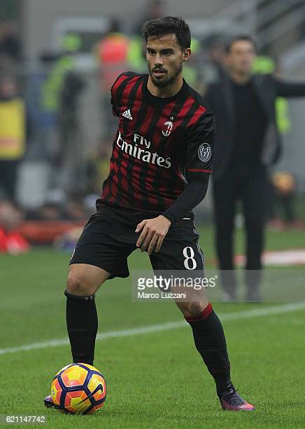 Suso of AC Milan in action during the Serie A match between AC Milan and Pescara Calcio at Stadio Giuseppe Meazza on October 30 2016 in Milan Italy