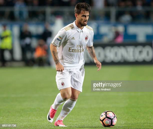 Suso of AC Milan in action during the Serie A match between Atalanta BC and AC Milan at Stadio Atleti Azzurri d'Italia on May 13 2017 in Bergamo Italy