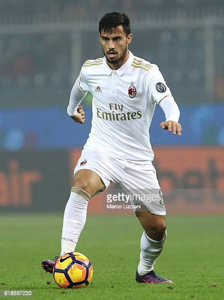 Suso of AC Milan in action during the Serie A match between Genoa CFC and AC Milan at Stadio Luigi Ferraris on October 25 2016 in Genoa Italy