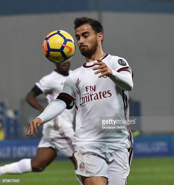 Suso of AC Milan in action during the Serie A match between US Sassuolo and AC Milan at Mapei Stadium Citta' del Tricolore on November 5 2017 in...
