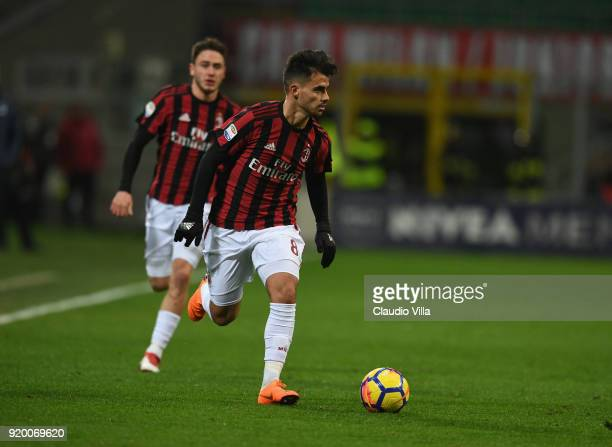 Suso of Milan in action during the serie A match between AC Milan and UC Sampdoria at Stadio Giuseppe Meazza on February 18 2018 in Milan Italy