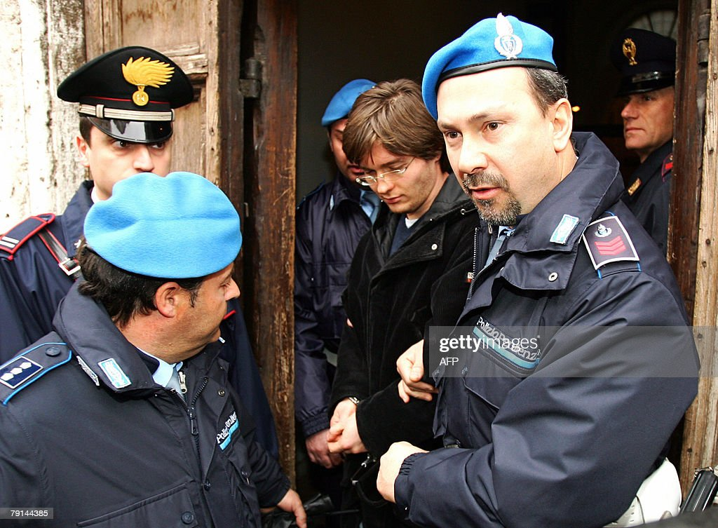 Suspect Raffaele Sollecito (C) is accomp : News Photo