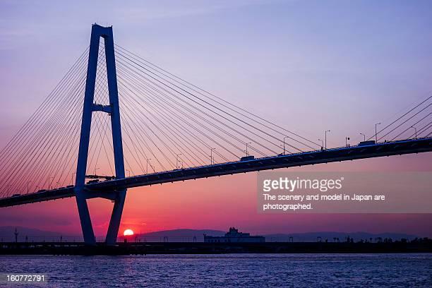 a suspension bridge in the evening - 名古屋 ストックフォトと画像