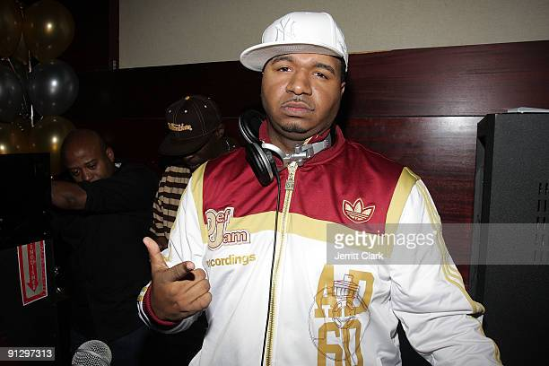Suss One attends DJ MOS' 30th birthday celebration at Taj Lounge on September 30 2009 in New York City