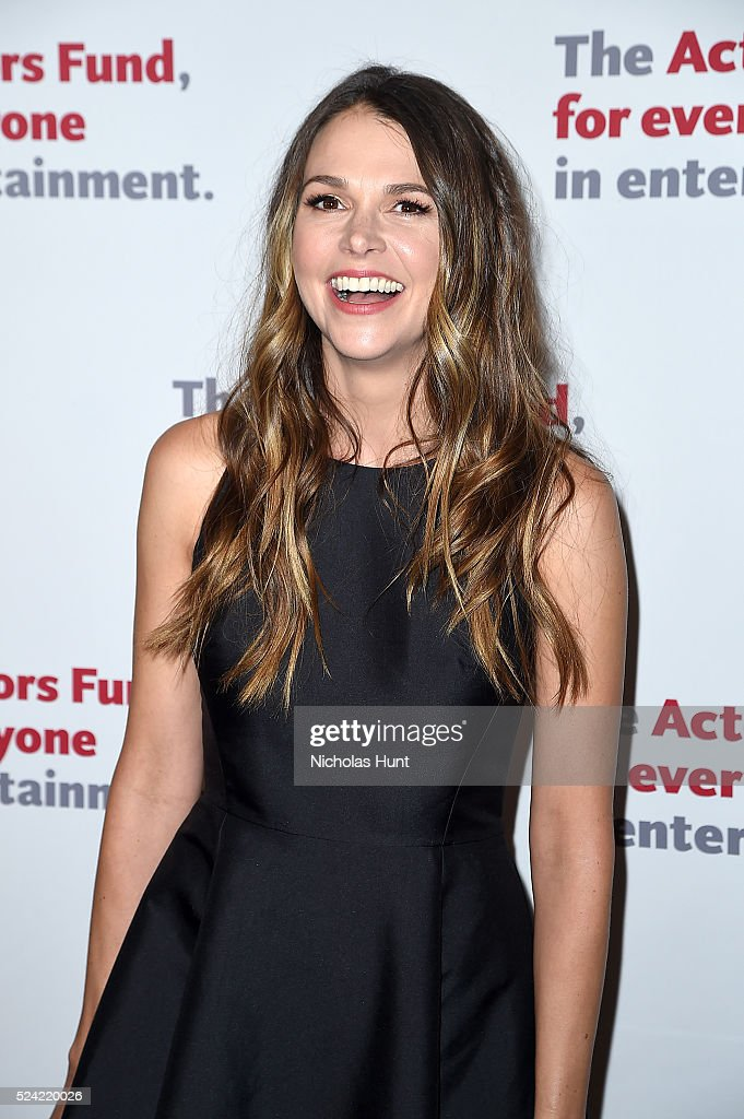 Sutton Foster attends The Actors Fund 2016 Gala at Marriott Marquis Times Square on April 25, 2016 in New York City.