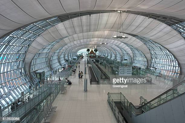 suvarnabhumi airport in bangkok - gwengoat stock pictures, royalty-free photos & images