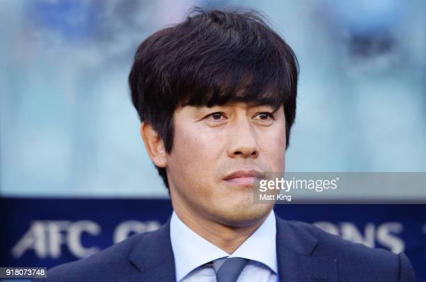 Suwon Bluewings head coach Seo Jungwon looks on during the AFC Asian Champions League match between Sydney FC and Suwon Bluewings at Allianz Stadium...