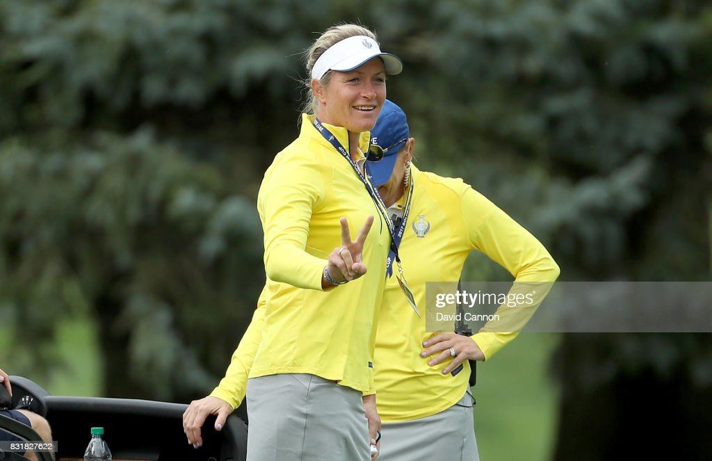 Suzann Pettersen of Norway and the European Team makes a victory gesture beside Annika Sorenstam of Sweden the European team captain during practice for the 2017 Solheim Cup Matches at Des Moines Country Club on August 15, 2017 in West Des Moines, Iowa.
