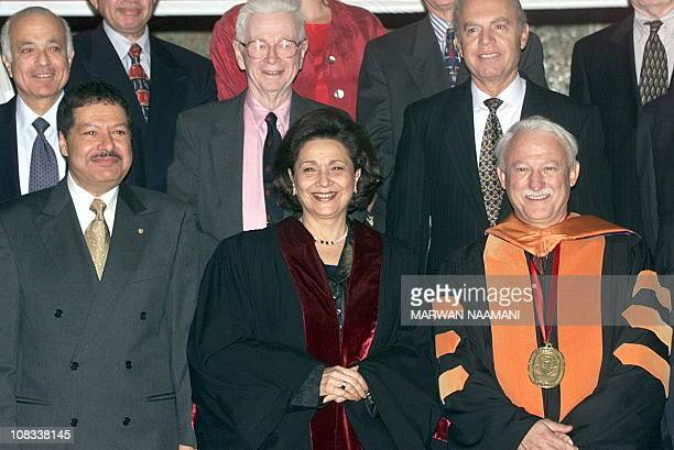 Suzanne Mubarak , wife of Egyptian President Hosni Mubarak, poses for a family picture with Egyptian-American Nobel Prize winner Ahmed Zweil and...