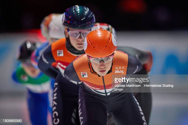 Suzanne Schulting of Netherlands competes in the Ladies 1500m final during day 2 of the ISU World Short Track Speed Skating Championships at...