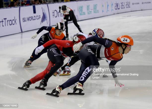 Suzanne Schulting of Netherlands crosses as first the finish line and celebrates winning the ladies 1000 meter final A race during the ISU Short...