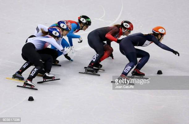 Suzanne Schulting of the Netherlands leads front of Kim Boutin of Canada Arianna Fontana of Italy Sukhee Shim of South Korea and Minjeong Choi of...